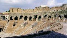 Arte e cultura: il Teatro Romano